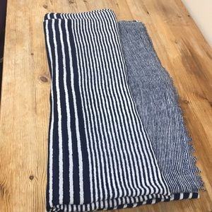 FREE with purchase - Blue and white lines scarf